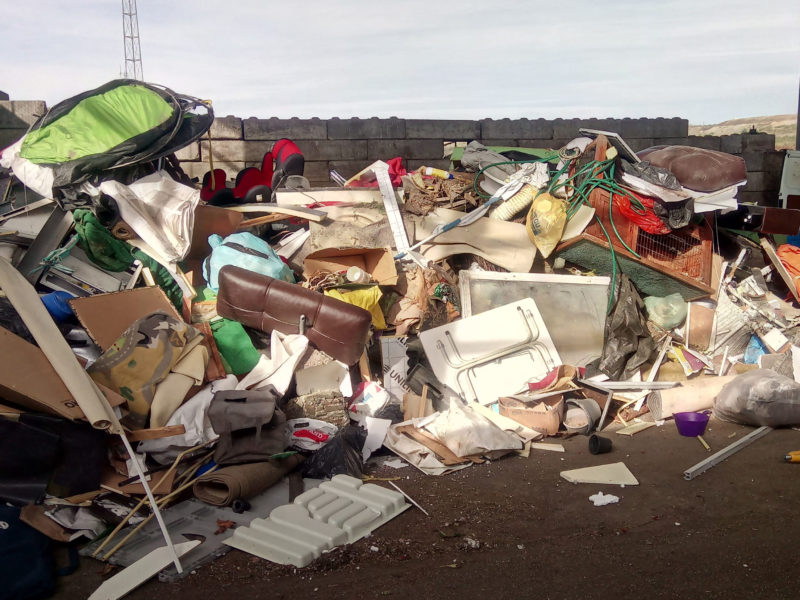 Grof afval
